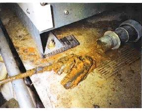 ドレン配管の汚れ.jpg