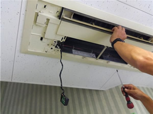 空調機分解工程