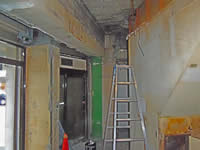 内部の解体工事